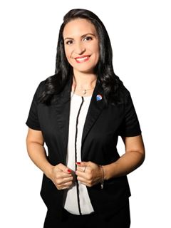 Ysamar Pineda - RE/MAX FOCUS