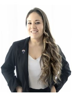 Carolina Collante - RE/MAX LIFE