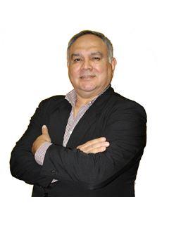 Hugo Ayala - RE/MAX MAESTROS INMOBILIARIOS