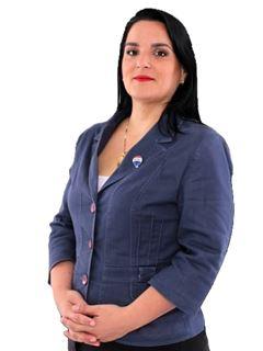 Claudia González - RE/MAX HOME