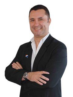 Mauricio Arrua - RE/MAX MAESTROS INMOBILIARIOS