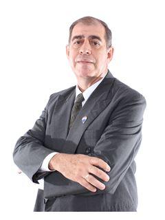 Isidro Nuñez - RE/MAX VIP