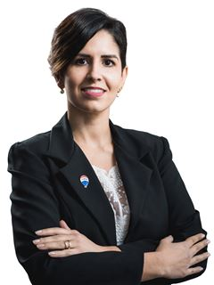 Gabriela Guillén - RE/MAX ELITE