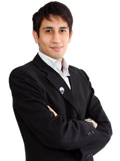 Adan Lenguaza - RE/MAX PREMIER