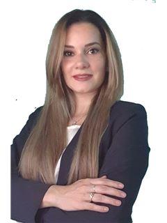Liz Bobadilla - RE/MAX FORCE