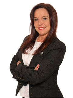 Ingrid Evers - RE/MAX FORCE