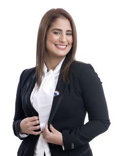 Vanessa Caceres - RE/MAX PREMIER II CDE