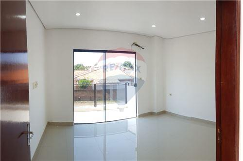 Duplex - De Vanzare - Paraguay Central Luque - 38 - 143008120-38
