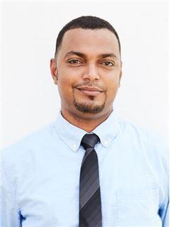 Yasir Ali Yussuf - RE/MAX Omela