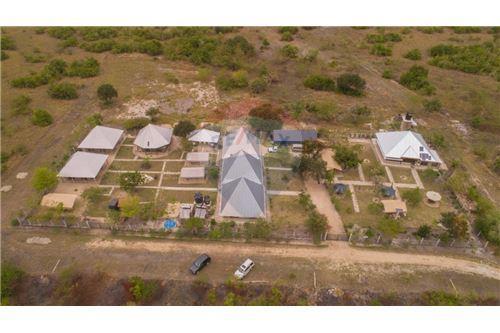 Lodge - For Sale - Coast - 1 - 115015006-8