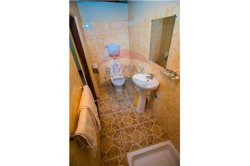 Lodge - For Sale - Coast - Bathroom - 115015006-8