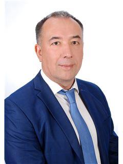Андрій Гончаров (Брокер) - RE/MAX Capital