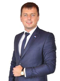Тарас Кузьма (Агент з нерухомості) - RE/MAX Exclusive