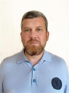 Михайло Лукьянов (Агент з нерухомості) - RE/MAX Capital