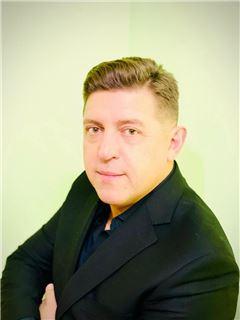 Володимир Богданов (Агент з нерухомості) - RE/MAX Capital