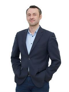 Oleg Ponomarenko (Sales Associate) - RE/MAX Pro