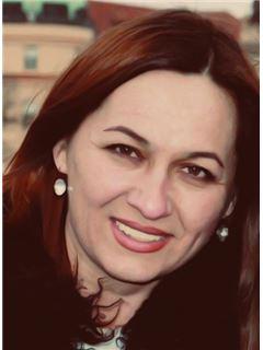 Marina Zhernovnikova (Sales Associate) - RE/MAX Star