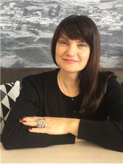 Світлана Поповиченко (Агент з нерухомості) - RE/MAX One