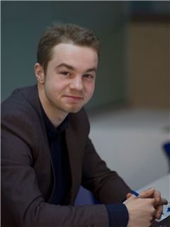 Dmytro Sapak (Sales Associate) - RE/MAX Elite and Commercial group