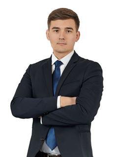 Sergey Kiktev (Sales Associate) - RE/MAX Pro