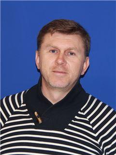 Олександр Олійник (Агент з нерухомості) - RE/MAX Central