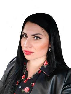 Вікторія Маковецька (Агент з нерухомості) - RE/MAX Elite and Commercial group