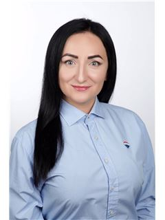 Тетяна Комарець (Агент з нерухомості) - RE/MAX Exclusive