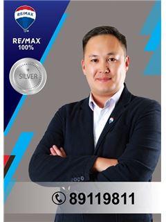 Amarbat Oyunbileg - RE/MAX 100%