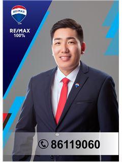 Renchin Tumurbaatar - RE/MAX 100%