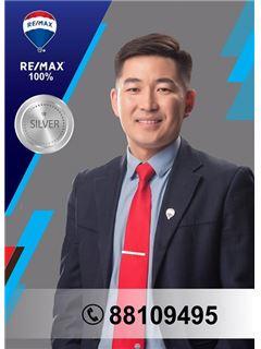 Bayarkhuu Jargalsaikhan - RE/MAX 100%