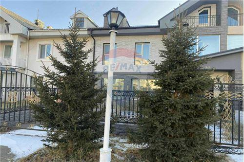 residential House/Detached House for sale зар #: 3531 1