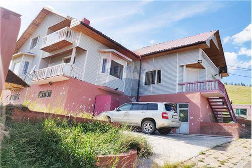 residential House/Detached House for sale зар #: 4562 1