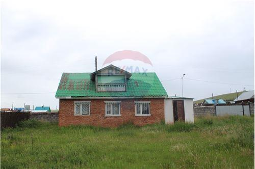 residential House/Detached House for sale зар #: 4454 1