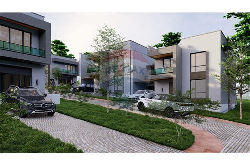 residential House/Detached House for sale зар #: 10389 1