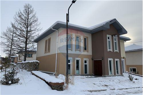 residential House/Detached House for sale зар #: 10274 1