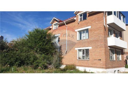 residential House/Detached House for sale зар #: 3663 1