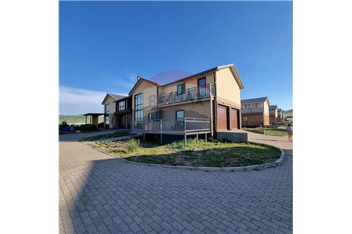 residential House/Detached House for sale зар #: 3352 1