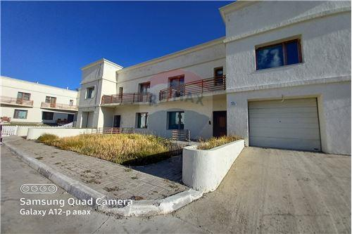 residential House/Detached House for sale зар #: 10635 1