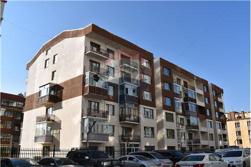 residential Apartment/Condo for sale зар #: 4057 1