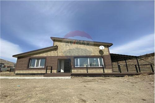 residential House/Detached House for sale зар #: 4540 1