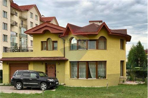 residential House/Detached House for sale зар #: 4239 1