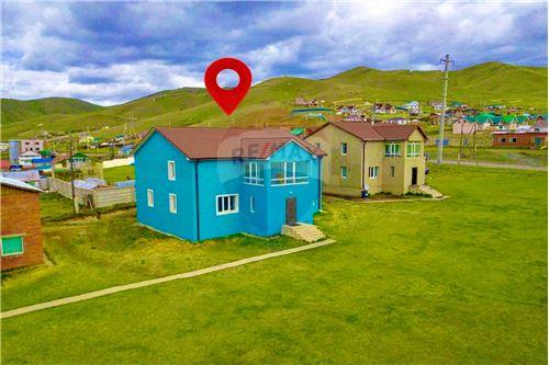 residential House/Detached House for sale зар #: 3918 1