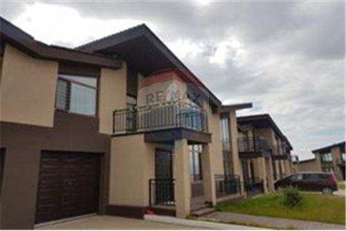 residential House/Detached House for sale зар #: 3447 1