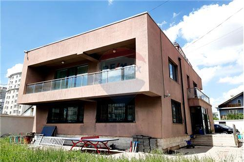 residential House/Detached House for sale зар #: 6975 1