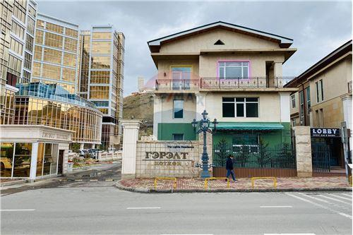 residential House/Detached House for sale зар #: 9975 1