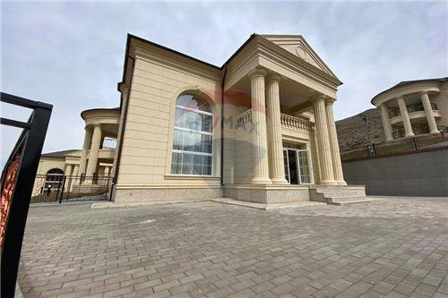 residential House/Detached House for sale зар #: 4396 1