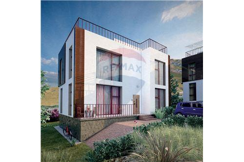 residential House/Detached House for sale зар #: 4398 1