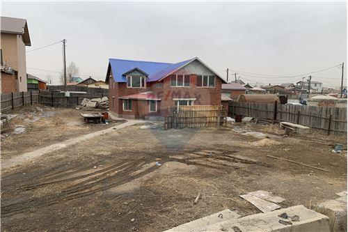 residential House/Detached House for sale зар #: 3863 1