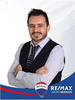 Filipe Pinto - RE/MAX - Negócios II