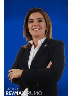 Kontorsägare & Reg. Fastighetsmäklare - Ana Cipriano - RE/MAX - Rumo III